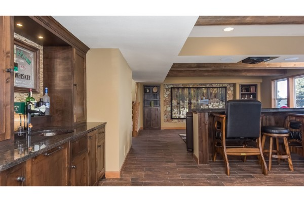 Prairie-Hills-Basement-Bar-TV-Home-Theater