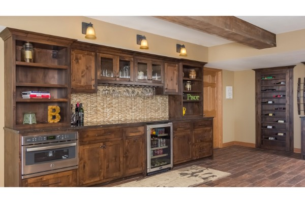 Prairie-Hills-Basement-Bar-Wine-Bookcase-Wood