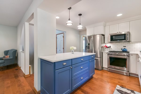 Kitchen Renovation   White Finishes and Stainless Steel Aplliances