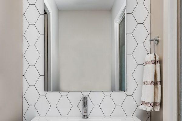 bathroom remodel with farmhouse sink | fbc remodel